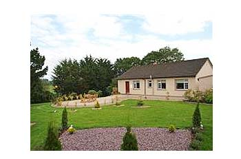 xBNB_NAMEx Self Catering - House Bunratty